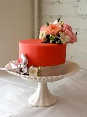 Art Gallery Cake with handmade sugar flowers